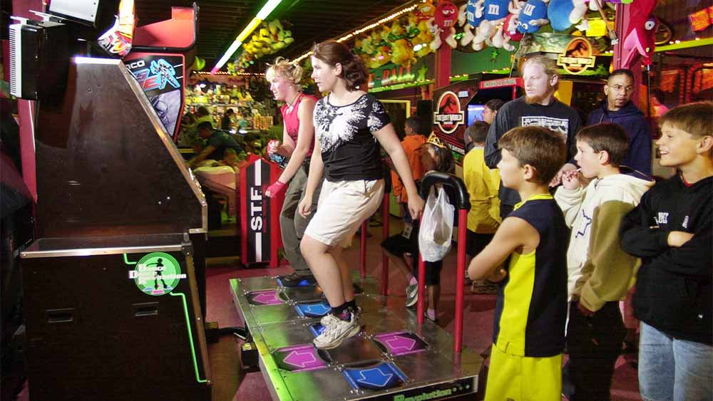 dance-dance-revolution-arcade-game